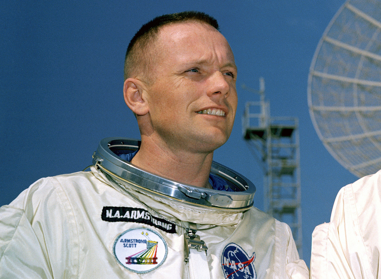 stiati_ca_neil_armstrong